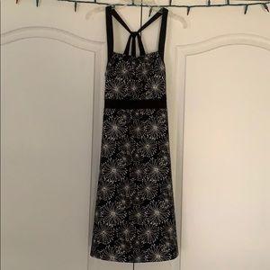 Black print athletic dress Medium